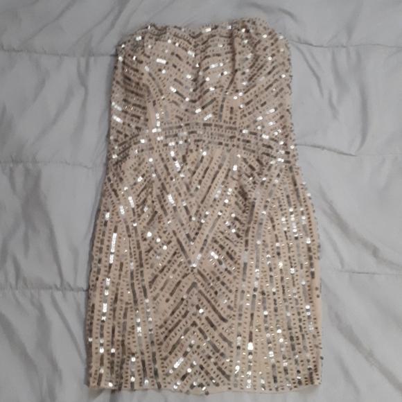 TEMPERANCE strapless sequin dress